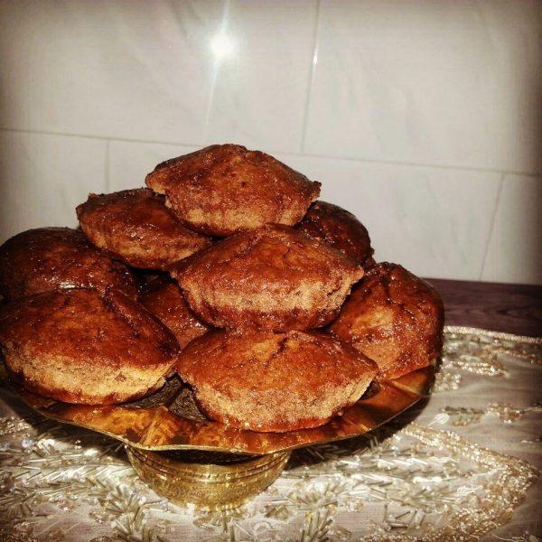 کیک یزدی - یک کیلو   ( برای سفارش تماس بگیرید  )
